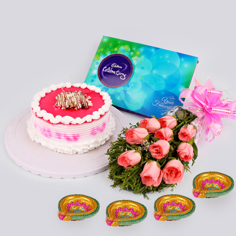 Cake with Pink Roses & Crackers
