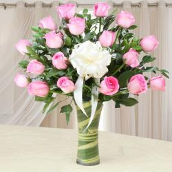 Amazing Pink Roses in a Glass Vase